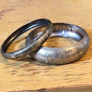 2 solid bangle bracelets - vintage silver color